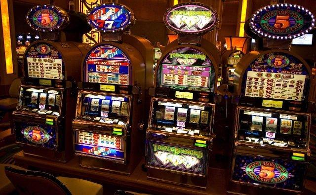 Играть на сайте казино Золотой Кубок