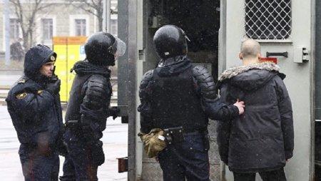 В Минске проходят массовые задержания участников шествия в День воли