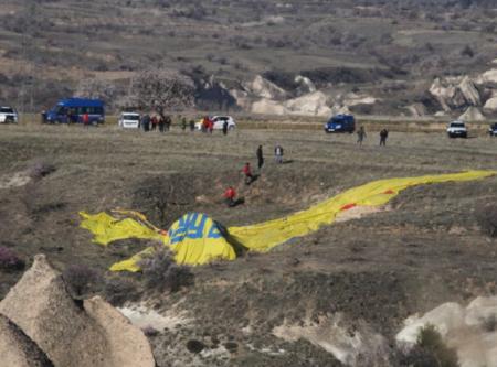 В Турции 9 апреля разбился воздушный шар с туристами, имеются жертвы