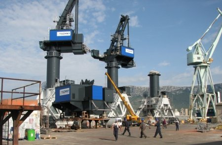 В Хорватии в порту города Сплит 14 апреля прогремел мощный взрыв, есть пострадавшие. ВИДЕО
