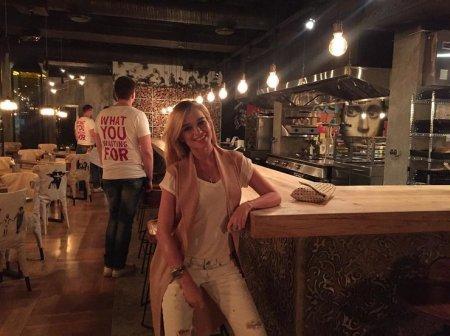 Ольга Бузова решила конкурировать с Тимати и открывает свою сеть бургерных