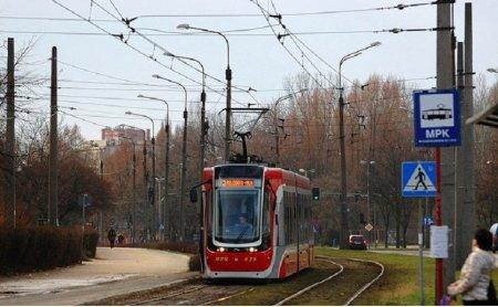 На востоке Москвы 22 апреля неизвестные обстреляли трамвай № 11 из автомобиля