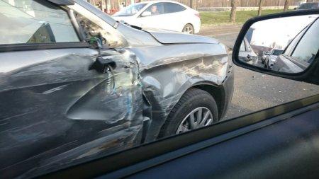 В Жигулевске Самарской области на трассе М5 «Урал» 27 апреля произошло ДТП с 14 автомобилями. ВИДЕО, ФОТО