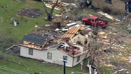 В Техасе 5 человек погибли, 50 пострадали в результате серии торнадо