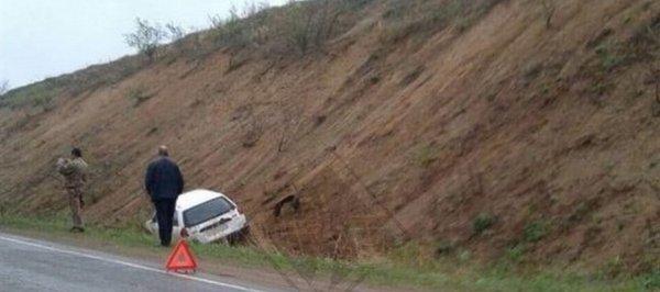 Из-за ям на дорогах в Приморье водитель попал в ДТП