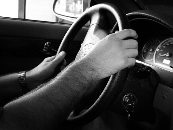 В Новосибирске заснувший водитель устроил массовое ДТП