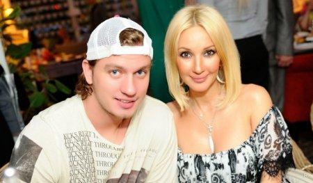 Лера Кудрявцева показала откровенное фото с мужем Игорем Макаровым