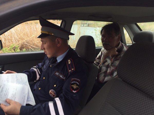 Под Челябинском пьяный пенсионер на авто на полной скорости влетел в пруд