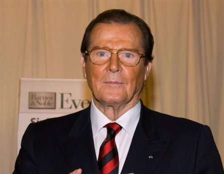Умер самый знаменитый Джеймс Бонд Роджер Мур