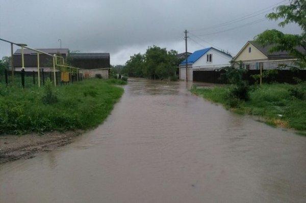Из-за сильных дождей на Ставрополье объявили режим ЧС