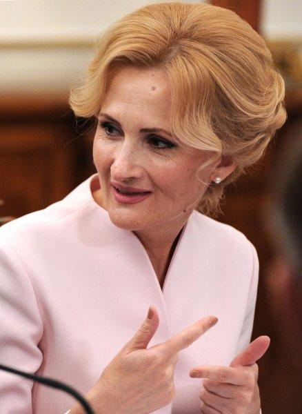Ирина Яровая повредила серьезно глаз и попала в Боткинскую больницу в Москве