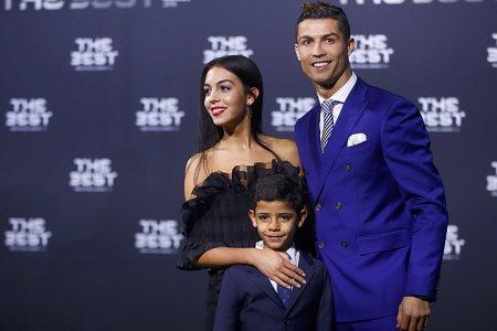 Криштиану Роналду станет отцом: невеста футболиста Джорджина Родригес беременна