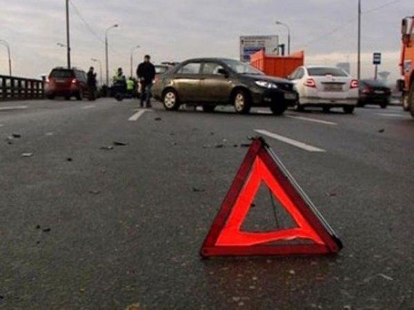 В Московской области на Волоколамском шоссе произошло столкновение четырех машин