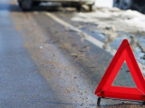 В Крыму под колесами грузовика погибла женщина и младенец