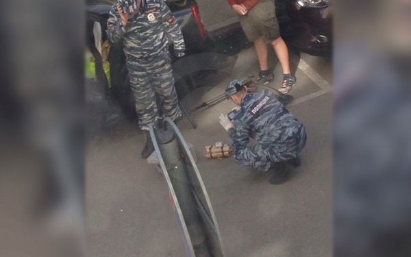 В Москве оцепили дом из-за игрушки, похожей на бомбу