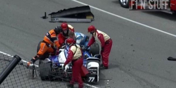Гонщику чудом удалось выжить после аварии в автомарафоне «Инди-500»