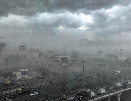 Москву ждет гроза и «холодная яма арктического воздуха»