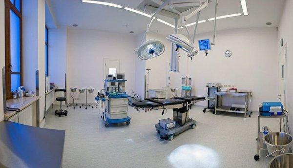 В Москве проверяют частную клинику, где во время пластической операции у пациентки остановилось сердце