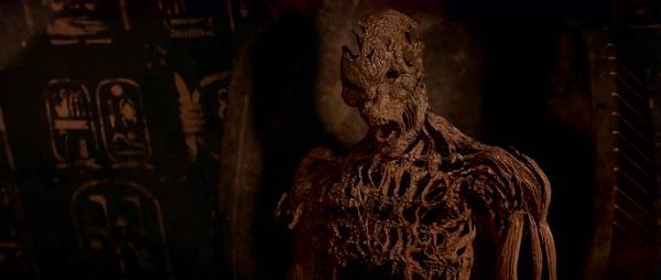 В Санкт-Петербурге женщина нашла на чердаке мумифицированного мужчину