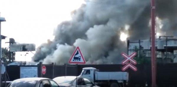 В Оренбурге произошел пожар на комбикормовом заводе