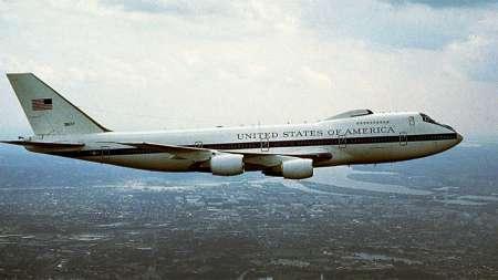Два «самолета судного дня» повреждены из-за торнадо в США