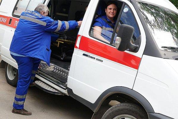 В Омске охранник не пустил скорую проехать через парковку из-за ярмарки