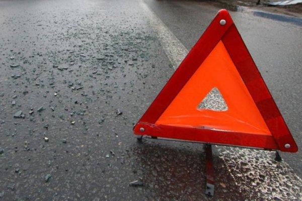 В массовой автоаварии в Оренбурге пострадали восемь человек
