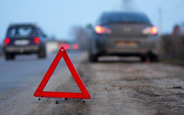 В результате автоаварии с тремя машинами в Москве скончался человек