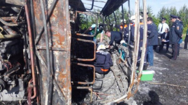 Полиция Татарстана задержала водителей грузовика и автобуса, попавших в ДТП