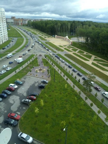 В Калуге возникла огромная автомобильная пробка