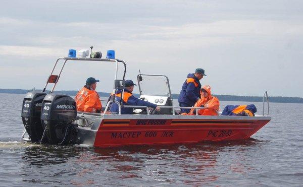 Власти Челябинска: Семьям погибших на озере будет оказана помощь