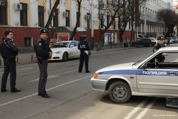 В Санкт-Петербурге в запертой квартире обнаружили разложившееся женское тело