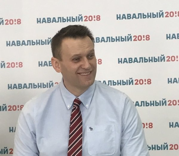 В Новосибирске штаб Навального заблокирован правоохранительными органами
