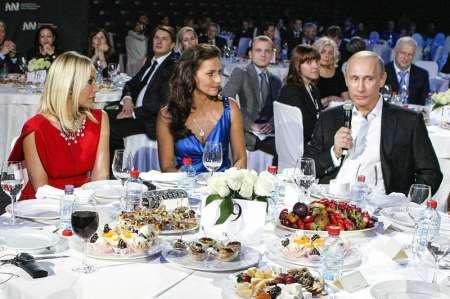 Орнеллу Мути оштрафовали за прогул спектакля ради ужина с Владимиром Путиным