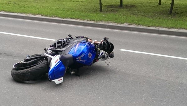Под Тюменью пьяный 50-летний мужчина на Yamaha насмерть влетел в дерево