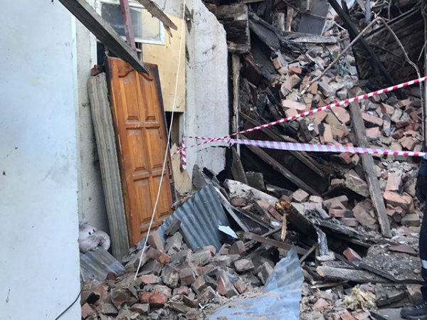 Женщина скончалась при обрушении аварийного жилого дома в Сочи