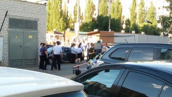 В Воронеже в мусорном контейнере обнаружен труп новорожденного ребенка