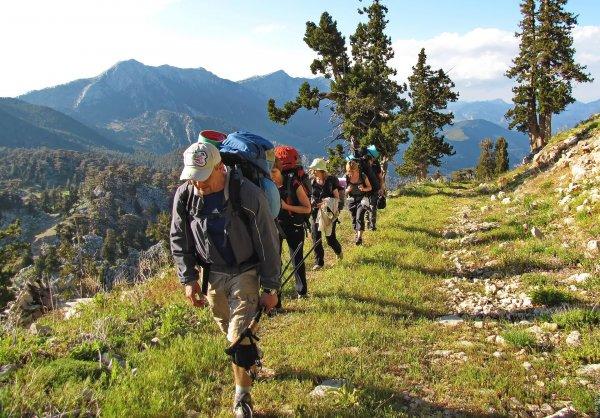 Российские туристы разыскиваются в горах Байкала