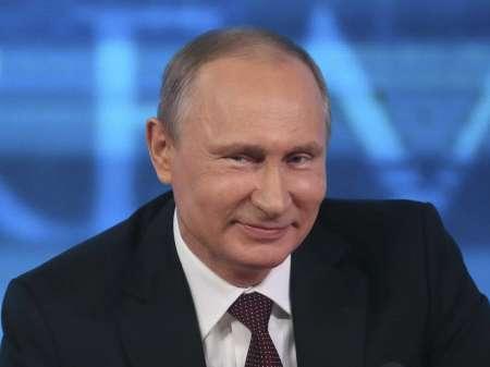 Песков прокомментировал видео с загадочным спутником Путина на Валааме