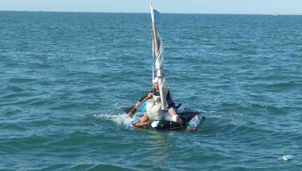 ФСБ задержала мужчину, который пытался переплыть Керченский пролив на плоту