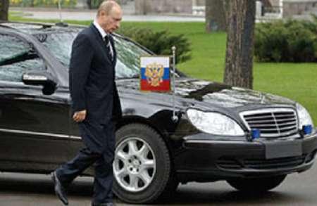 Владимир Путин не запланировано остановил кортеж, чтобы сфотографироваться с ребенком