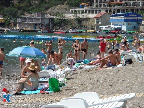 В Ростовской области внедорожник раздавил загорающую на пляже женщину