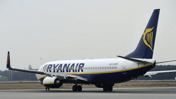 Пассажиры рейса Ryanair вопили от ужаса во время посадки в Лидсе