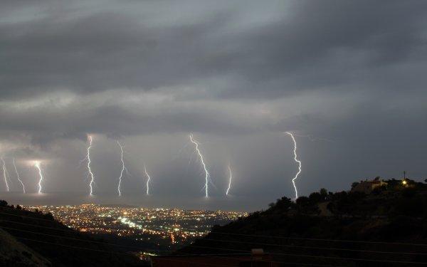 В США в толпу людей ударила молния