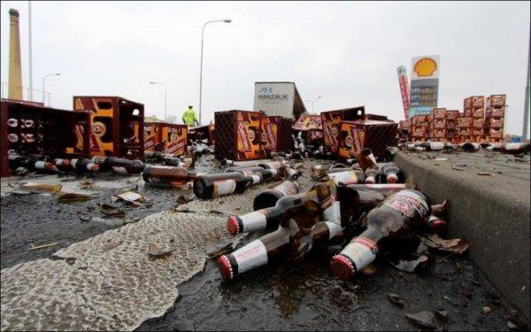 В Подмосковье улицу залило пивом