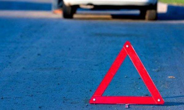В Тайшетском районе перевернулся автомобиль с пятью пассажирами