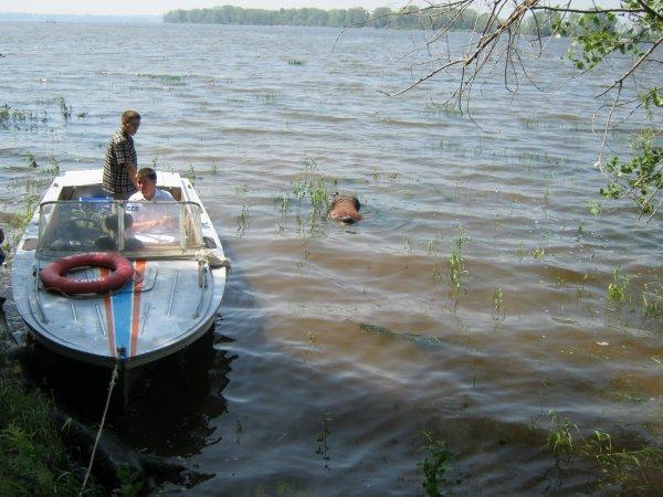 В Ярославском районе в реке было найдено тело мужчины