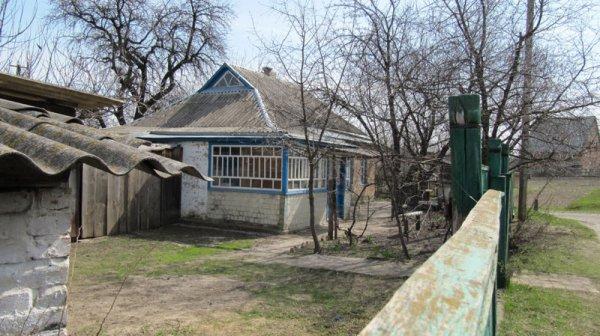 В Ставрополе чиновники сдали многодетной семье дом с мертвецом