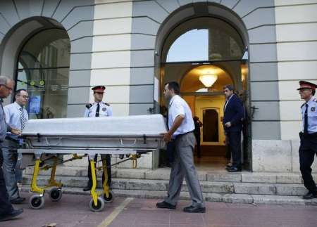 Усы Сальвадора Дали сохранили свою форму после эксгумации тела художника в Каталонии
