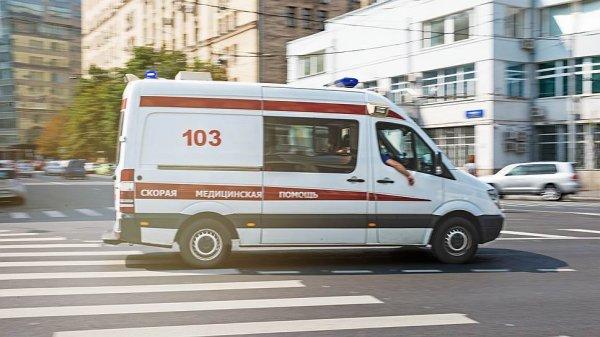 Под Ростовом в аварии с автобусом пострадали два человека